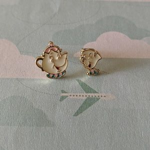 Jewelry - Mrs Potts and chip stud earrings